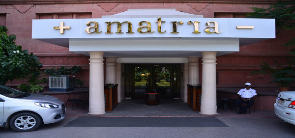 super luxury Amattra Spa