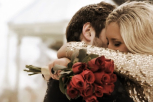 NON TYPICAL WAYS TO CELEBRATE LOVE