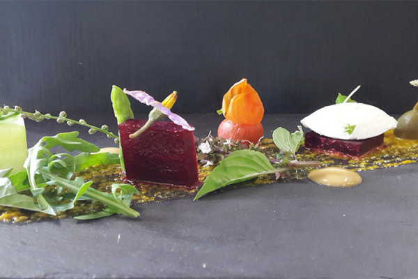 Salad-of-home-grown-lavender-salted-beetroot-Japanese-honey-suckle-goat-cheese-with-mustard-lime-dressing-1050x492