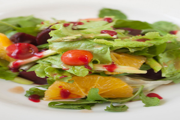 Smoked-Beetroot-Tangerine-with-Asparagus-Salad-1050x492