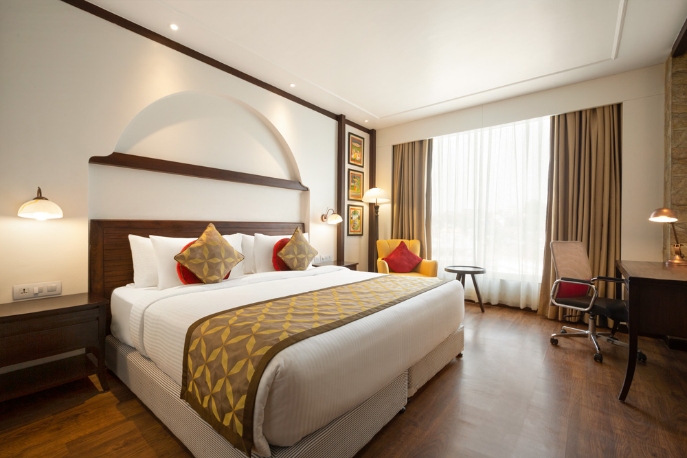 Ramada-Jammu-City-Center---King-Bed-Standard-Guest-Room---1286007