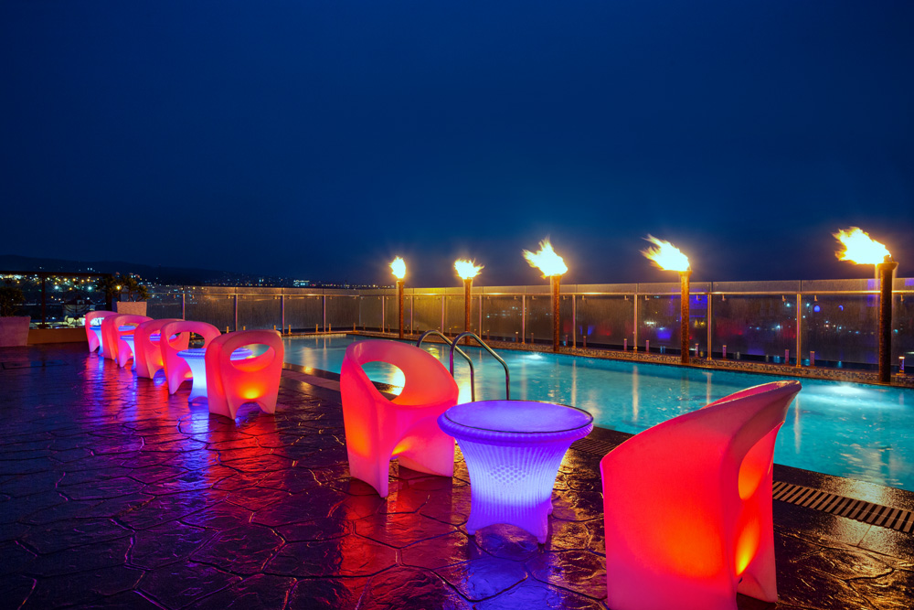 Ramada-Jammu-City-Center---Sky-Bar-and-Pool-Deck---1285997